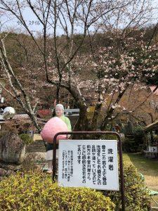 桃太郎神社おばあさん
